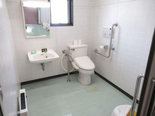 2階多目的トイレ